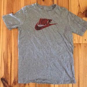 Boys extra large Nike T-shirt